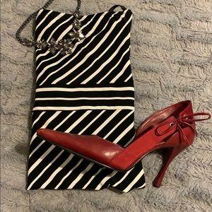 Dress. Pin striped Tube dress w/sash